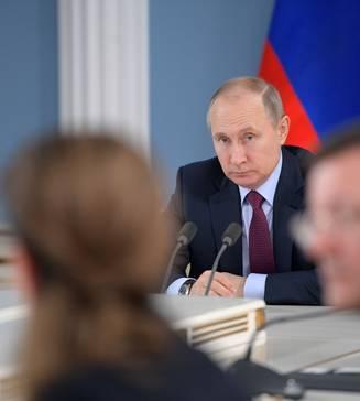Putin a ordonat in 2014 doborarea unui avion de pasageri