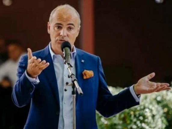 """Rareş Bogdan: """"Sunt primvicepresedinte și vreau răspunsuri. Voiculescu, Arafat şi Nicuşor Dan să vină în faţa Coaliţiei!"""""""