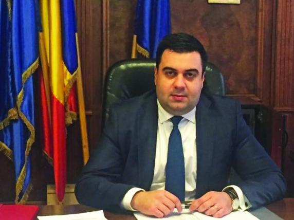 Razvan Cuc a numit administrator șef la Tarom o pensionară PDL, garantată de Costescu