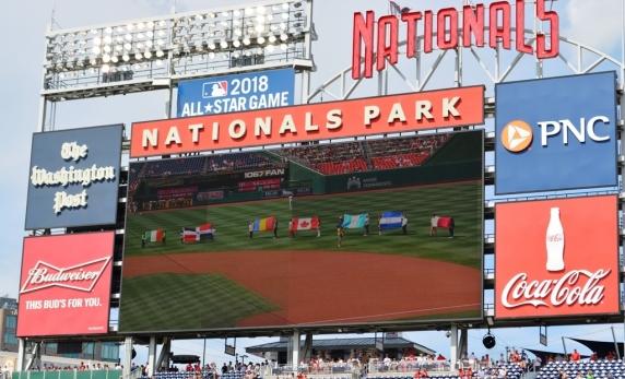 România, promovată în faţa a 40.000 de americani pe stadionul echipei de baseball Washington National