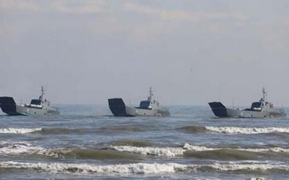 Rusia a început să transfere nave de desant din Marea Caspică în Marea Neagră