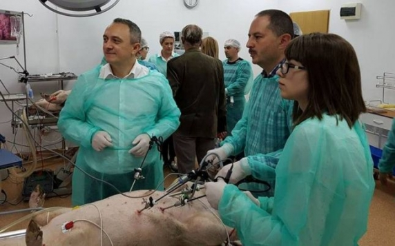 Salariul astronomic al unui medic primar de la cel mai mare spital din Moldova. Câştigă cât preşedintele României