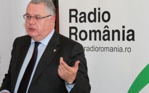 """Scandal uriaş la Radioul Public: Preşedintele Ovidiu Miculescu """"Canoe"""" a cumpărat liderii de sindicat prin măriri nejustificate de salarii"""
