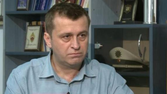 """Scandalul """"Clanul Pian"""" scoate la iveala batalia pentru ciolan din Politie. În prim-plan al """"luptei cu interlopii"""", adjunctul Capitalei, Radu Gavris, se vede cel putin secretar de stat"""