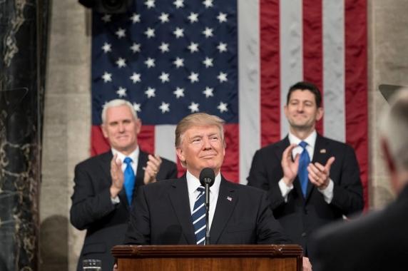 Senatul ii limiteaza lui Trump posibilitatea de a declara razboi Iranului