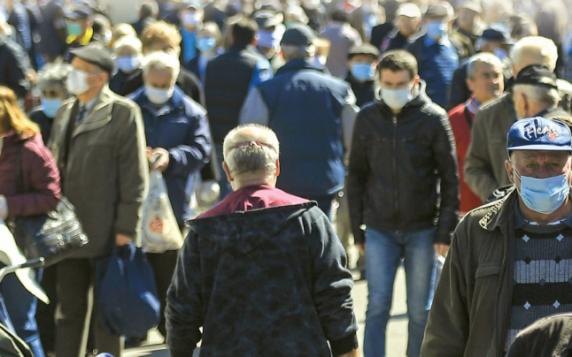 Studiu: Doar 6% dintre români ar putea trăi fără griji în cazul unui al doilea val de Covid-19. 60% se aşteaptă la restricţii
