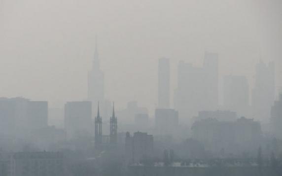 Studiu. Legătura dintre poluarea atmosferică şi mortalitatea de COVID-19