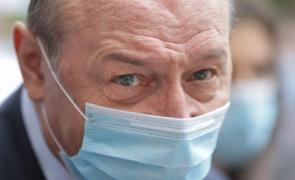 """Traian Băsescu are """"boală"""" pe Raed Arafat de zece ani: """"Dacă eram premier îi zburam și pe el dar și pe Dan Barna!"""""""