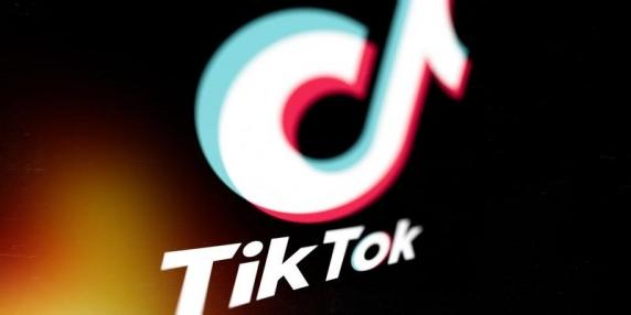 Un copil de 14 ani din Bistrița s-a sinucis după ce ar fi răspuns unei provocări lansate pe TikTok