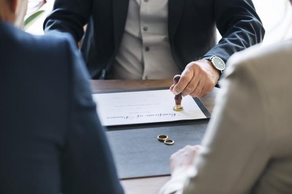 Un deputat PSD propune acordarea unui concediu platit pentru divort