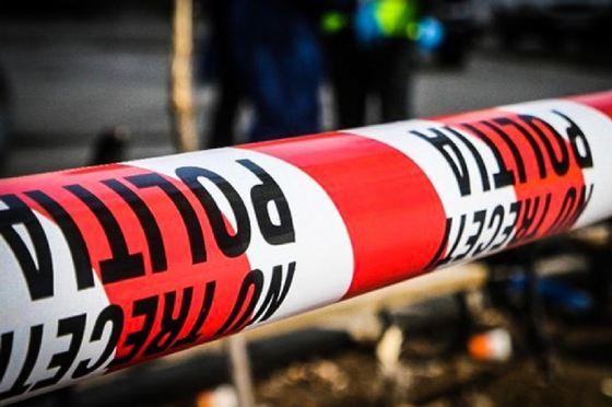Un fost angajat al CEO şi-a înjunghiat soţia în faţa Policlinicii, apoi a încercat să se omoare