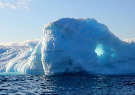 "Valul de caldura din Siberia si topirea ghetii din Groenlanda ingrijoreaza oamenii de stiinta: ""E destul de neobisnuit"""