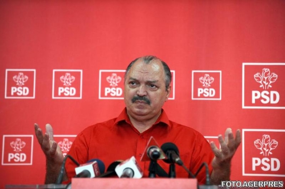 Victor Socaciu isi vrea pensia speciala înapoi! A depus actiune la tribunal alaturi de alti 15 foşti parlamentari