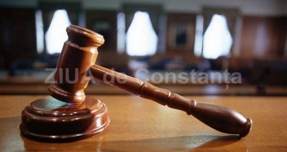 Viorel Hrebenciuc şi Ioan Adam au fost condamnaţi în dosarul retrocedărilor de 300 de milioane de euro