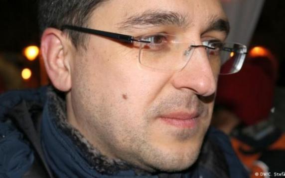 Vlad Voiculescu: Peste 4.000 de cazuri de COVID-19 nu au fost raportate, pentru a nu creşte incidenţa înainte de congresul PNL