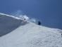 Alpiniştii Horia Colibăşanu, Marius Gane şi Peter Hámor au oprit expediţia de cucerire a muntelui Dhaulagiri, după ce au fost surprinşi de o avalanşă