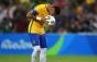 Amendat cu 1.200 de dolari pentru că a pupat mingea: sancțiune inedită în Ecuador