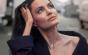 Angelina Jolie se reîntoarce în apartamentul fostului soţ nu singură, ci alături de fiul ei. E vorba de prietenie sau chiar de reluarea relaţiei?