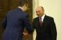 Băsescu și Ponta se comporta ca si cum ar fi in continuare mână-n mână