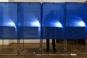 Bataie in fata unei sectii de votare din Dolj. Mai multi barbati s-au lovit cu pumnii si picioarele
