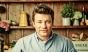 Bucătarul britanic Jamie Oliver a prins un bărbat care a încercat să-i jefuiască locuinţa din nordul Londrei