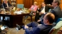 Ce riscă premierul Ludovic Orban după ce a fumat în biroul său