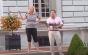 Cuplu american, filmat ameninţând cu armele protestatari BLM care au intrat pe proprietatea lor, într-un cartier exclusivist