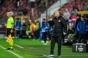 Dan Petrescu ar putea rata meciul cu Celtic, după ce i s-a făcut rău