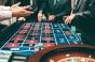 De ce merită să joci poker?
