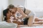 Femeile care dorm mai mult sunt mai bune la pat! Somnul de calitate ofera satisfactii sexuale uriașe