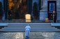 Imagini triste de la Vatican. Papa Francisc s-a rugat singur, pe ploaie, în Piaţa Sf. Petru, total pustie