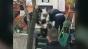 Incident extrem de grav în Capitală. O femeie a fost înjunghiată pe stradă, în zona 13 Septembrie