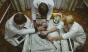 Infometare în orfelinate din Belarus. Un tânăr de 20 de ani cântăreste 11,5 kg
