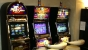 Jaf la o sală de jocuri de noroc! Făptaşul a oprit curentul şi a ameninţat casierul cu un cuţit