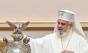 Patriarhul Daniel spune bancuri: Unul cu milițieni și unul cu spa!
