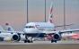 Un avion plin cu criminali şi tâlhari români expulzaţi din Marea Britanie ajunge săptămâna viitoare în țară