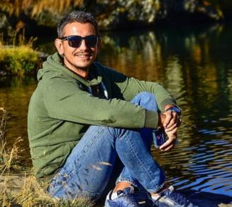 """A murit Alexandru Socol, membru al """"Coruptia Ucide"""" si unul dintre cei mai activi tineri in timpul protestelor #Rezist de dupa OUG 13"""