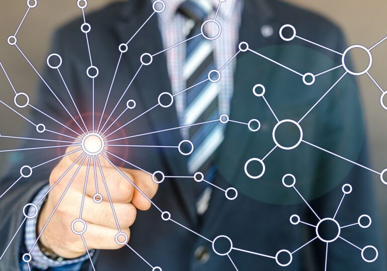 A început fărâmițarea Internetului în Splinternet.Big Tech intră în lupta geostrategică