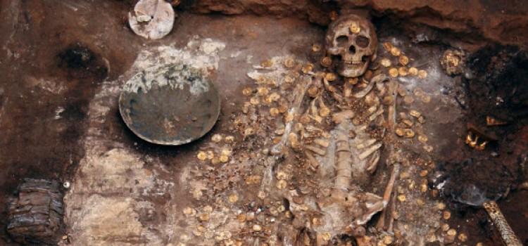 Arheologii au descoperit mormântul lui Ginghis Han. Unul din 200 de oameni pot fi urmasii lui