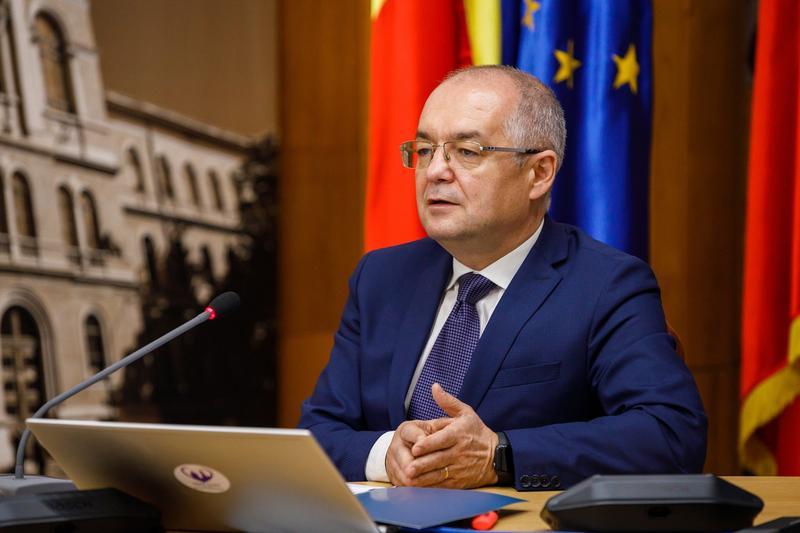 """Atac deschis al primarilor conduși de Emil Boc la Guvernul Cîțu: """"Practicile nesănătoase"""" ale guvernelor anterioare au fost însușite rapid"""