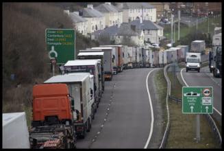 Brexit fara acord comercial: Sute de TIR-uri la coada pentru a intra in Marea Britanie