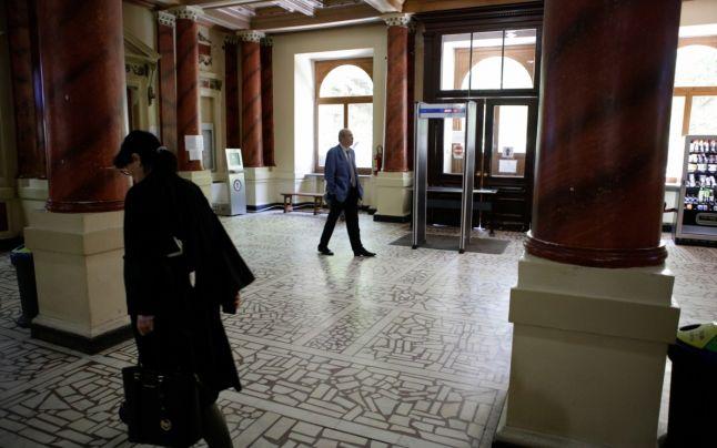 Câţi magistraţi au ales să părăsească sistemul judiciar în doar o săptămână după ce şeful MJ a anunţat că va majora vârsta de pensionare