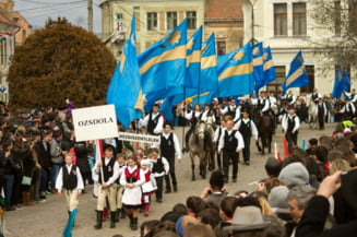 Ce plan are Alianta Maghiara din Transilvania cu steagurile din Tinutului Secuiesc indepartate prin sentinte judecatoresti