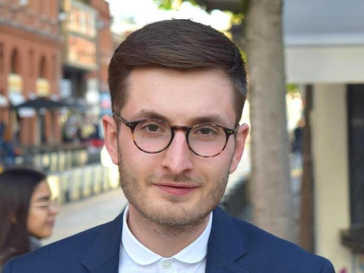 Conducerea USR, dată în judecată de  Vlad Teohari, pentru invalidarea candidaturii sale la parlamentare. El cere despăgubiri 816.000 de lei