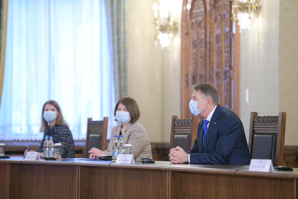 Consultari Iohannis cu partidele: PNL si USR-PLUS insista pentru sefia Camerei Deputatilor, PSD vrea guvern de uniune nationala