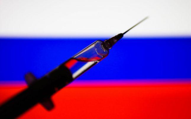 Dezvoltatorii vaccinului anti-COVID-19 Sputnik V propun AstraZeneca să îşi combine vaccinul cu cel rusesc, pentru creşterea eficacităţii