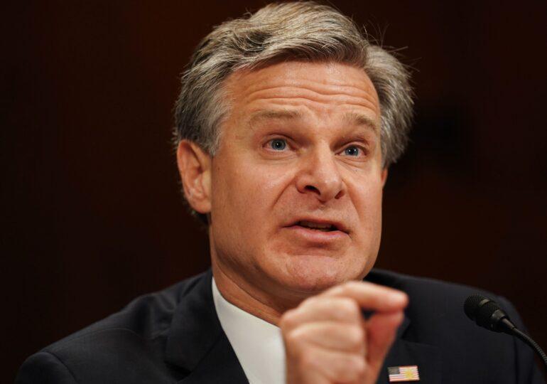 Directorul FBI îi acuză de terorism intern pe autorii asaltului asupra Capitoliului