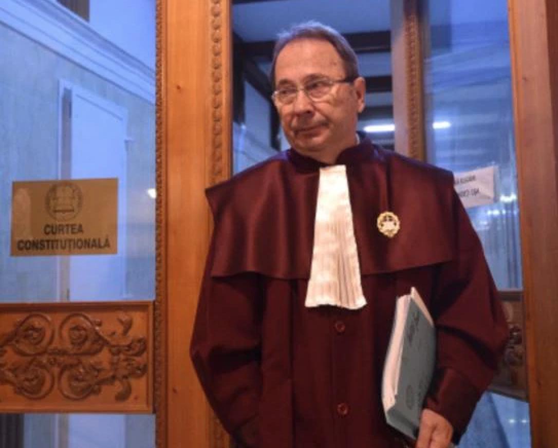 Dorneanu o atacă pe judecatoarea lui Iohannis, pe Simina Tănăsescu, în textul unei decizii CCR
