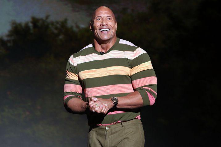 """Dwayne """"Rock"""" Johnson a fost arestat de opt ori pentru furturi şi bătăi: """"Viaţa mea a fost incredibil de complicată!"""""""