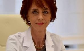 """Flavia Groșan răspunde aspru: """"Nu am apărut din spuma mării, am făcut cercetare. Acum nu mai am timp, vindec oameni!"""""""